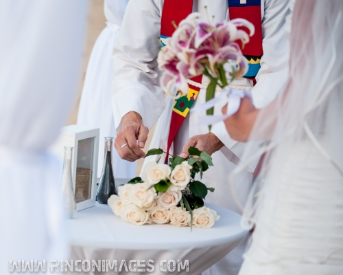 Rose Ceremony for the parents of the bridal couple -LGBT, Same Sex Wedding Photographer Puerto Rico