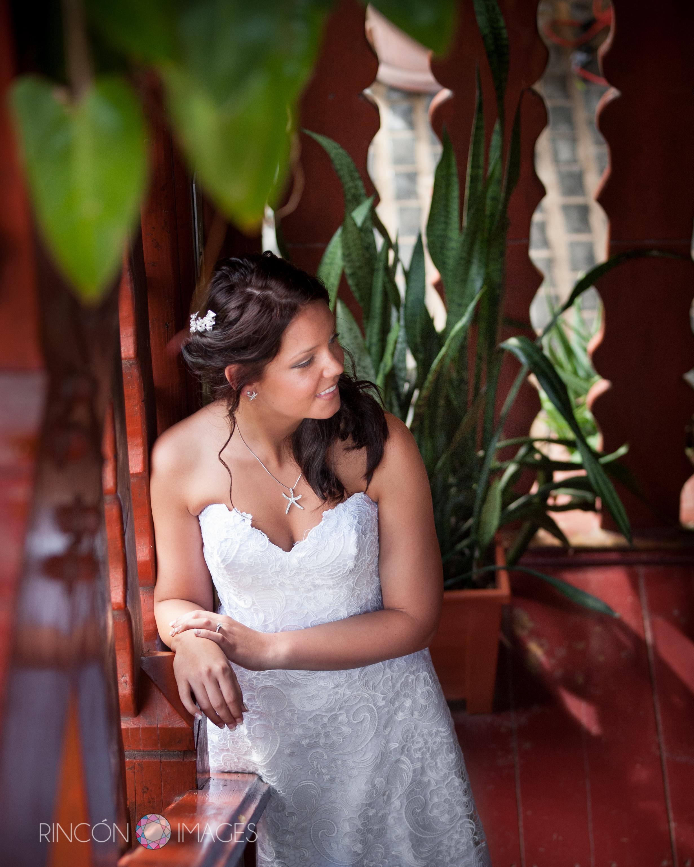 Flamenco beach wedding on culebra island lyndsay for Puerto rico wedding dresses