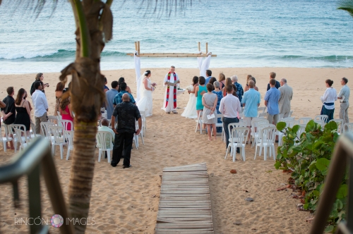 Their LGBT destination beach wedding took place on the sandy beach just down from the Arecibo Lighthouse.