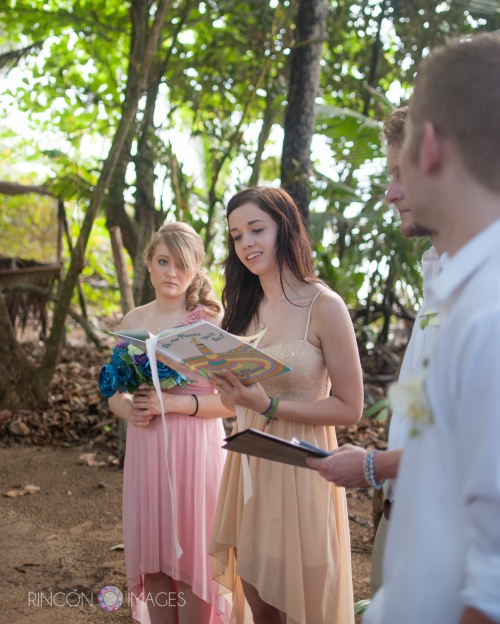 Jill's bridesmaid Chloe reading Dr. Seuss during the ceremony. This was a really light playful story with a great message.