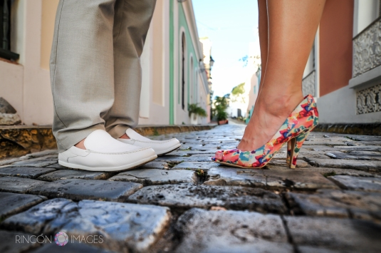 I absolutely loved the colorful shoes that Heather was wearing for our photography session in San Juan, Puerto Rico. The tropical colors looked fabulous next to the cobble stone streets. It really is all about the details! Photography by Rincon Images wedding photographer Puerto Rico.